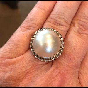 14 karat white gold mabe pearl ring